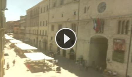 Webcam Perugia, Corso Vannucci - Skyline Webcams