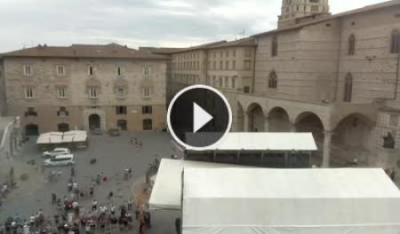 Webcam Perugia, Piazza IV Novembre - Skyline Webcams