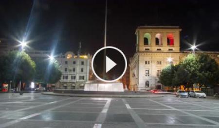 Webcam Terni, Piazza Cornelio Tacito - Skyline Webcams
