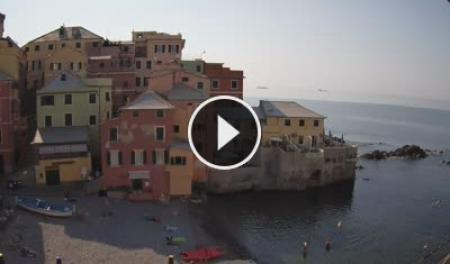 Webcam Genova, Boccadasse - Skyline Webcams