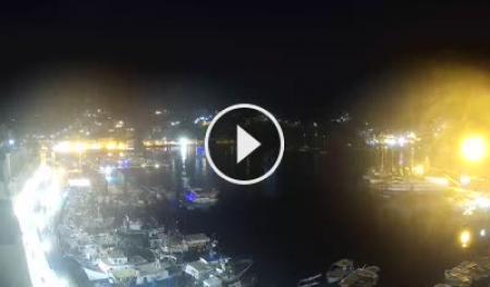 Webcam Ponza, Porto Turistico - Skyline Webcams