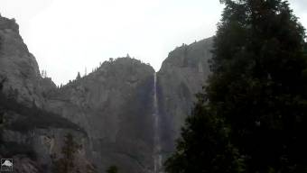 Webcam Yosemite Village, California