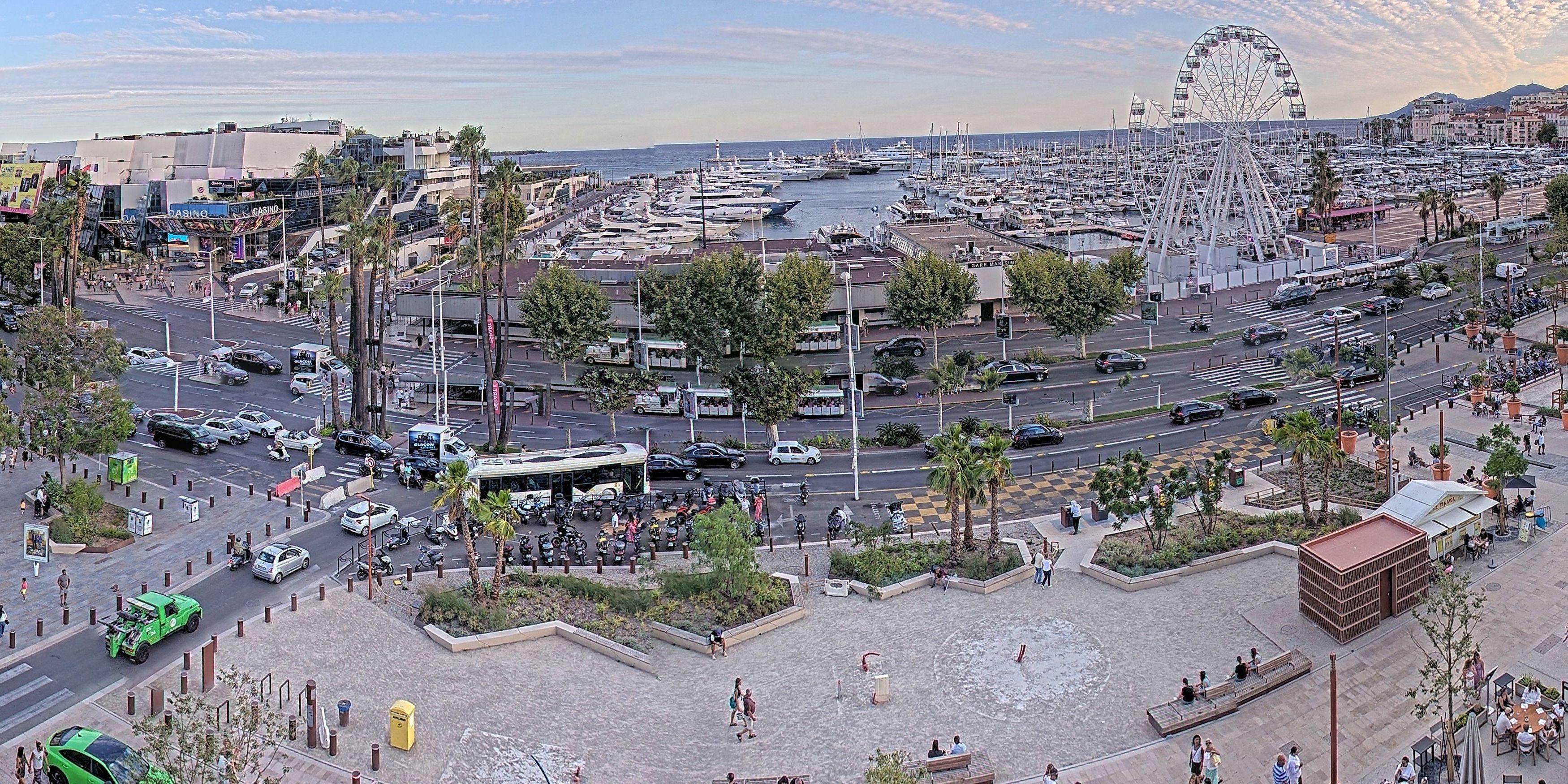 Live Webcam Cannes: La Croisette & Marina