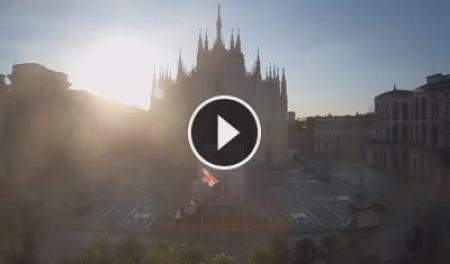 Webcam Milano, Piazza Duomo - Skyline Webcams