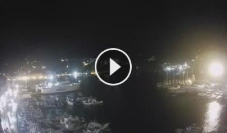 Webcam Ponza, Porto Turistico - Skyline Webcams