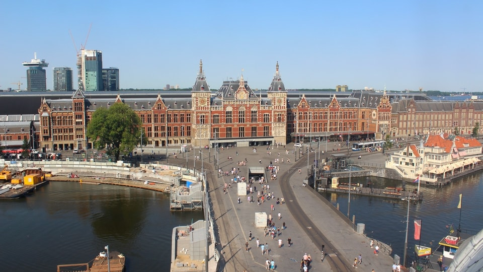 Dtbh amsterdam centraal station webcam