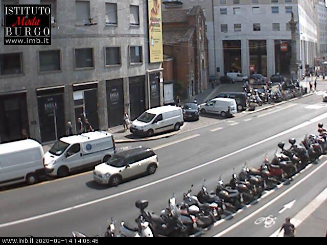 Webcam milano webcam piazza san babila for Burgo milano