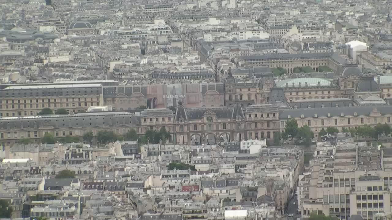 Paris Webcam Louvre