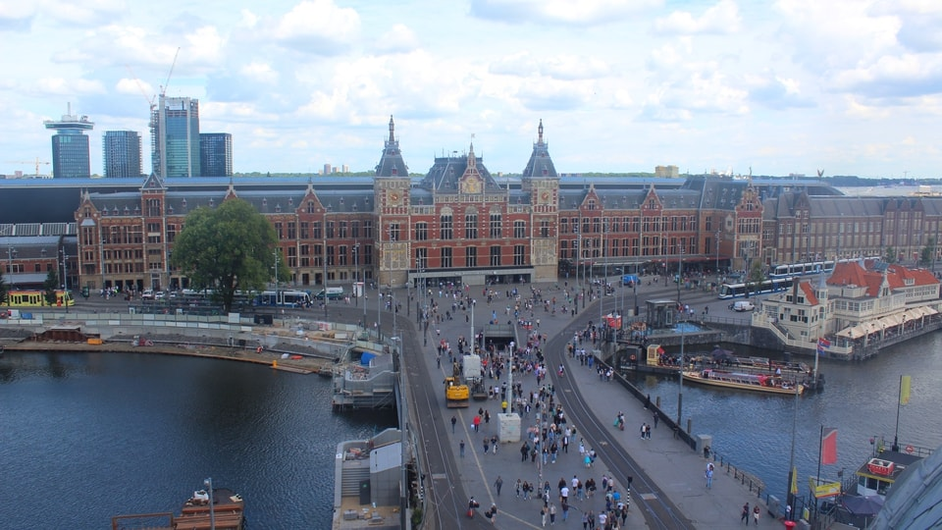Klimmen amsterdam centraal station webcam