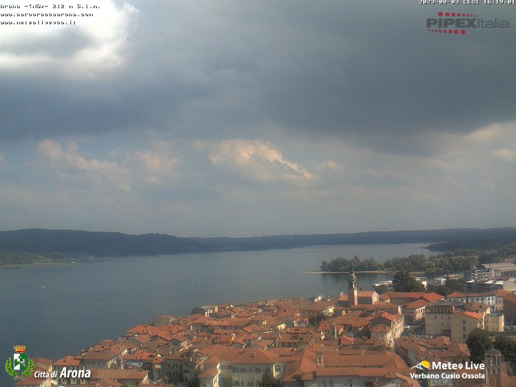 Live webcam arona lago maggiore arona und lago maggiore - Arona web camera ...