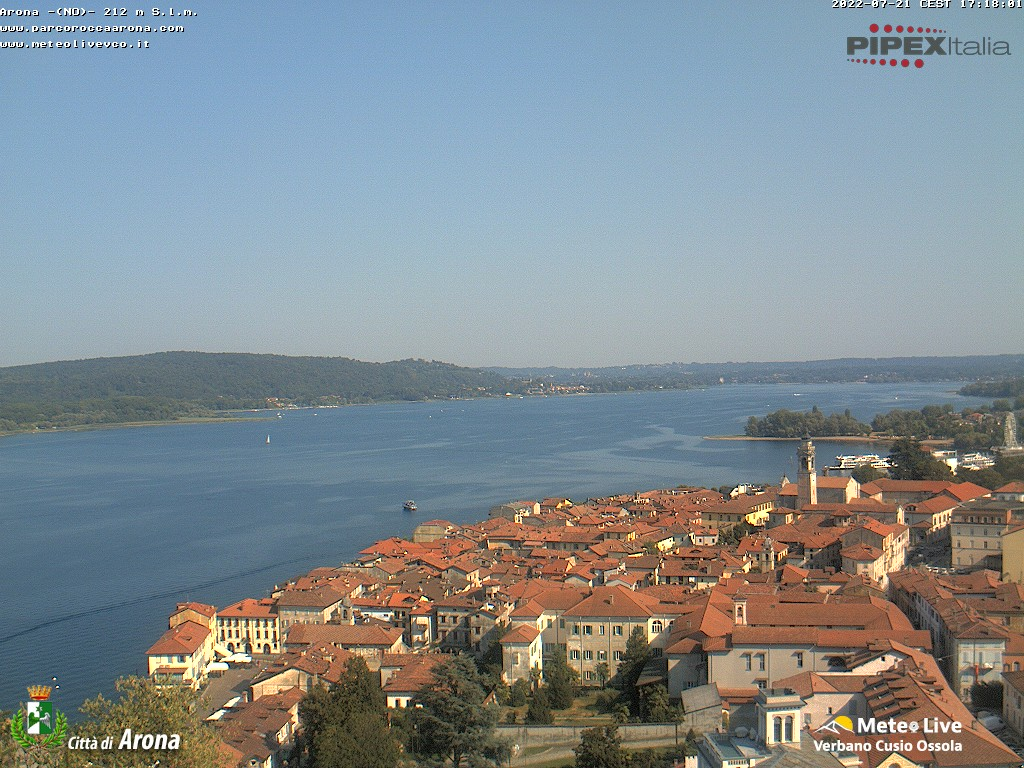Arona lago maggiore arona und lago maggiore webcam galore - Arona web camera ...