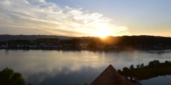 Aschach an der Donau Tue. 20:35