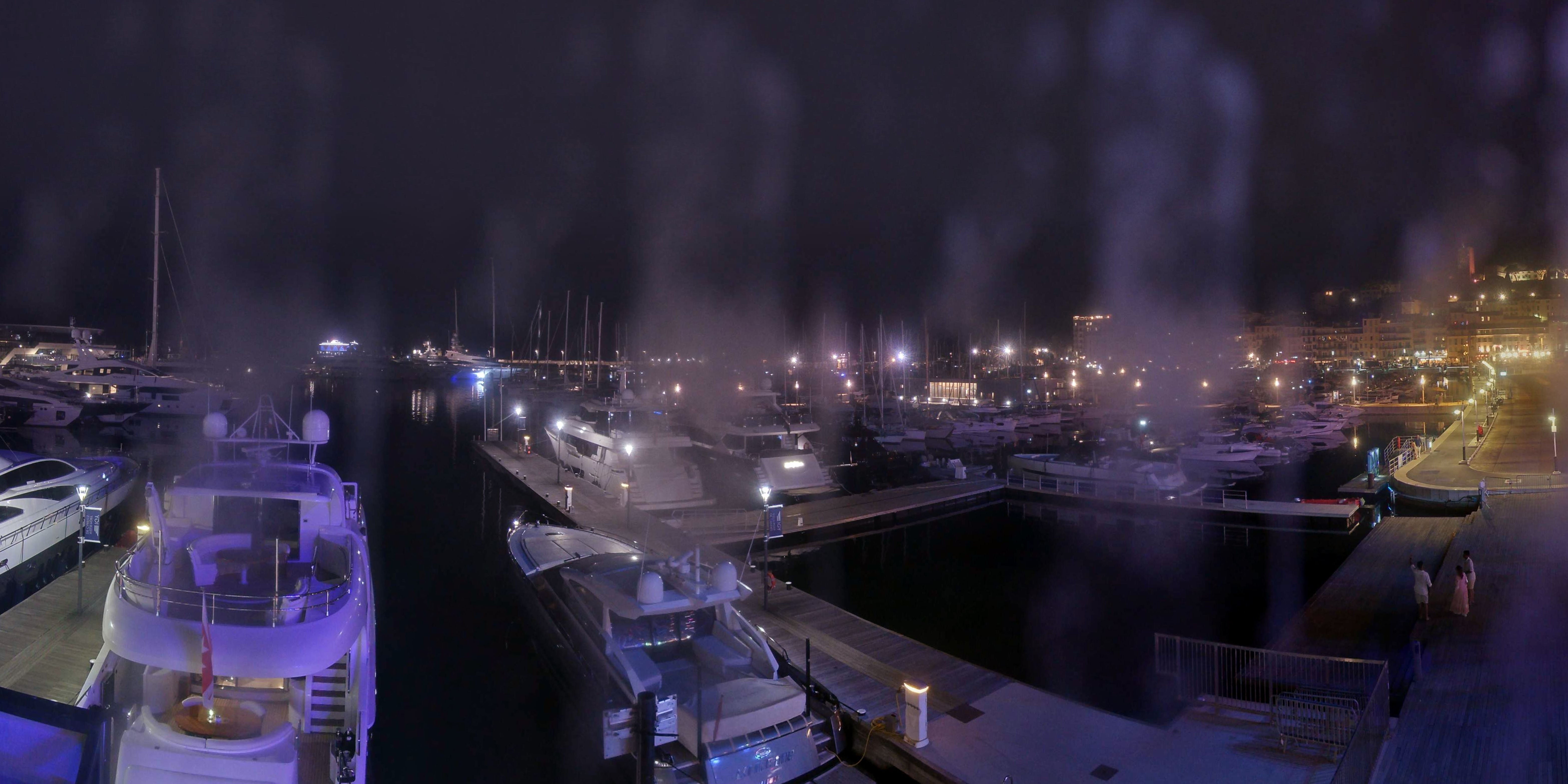 Cannes Di. 01:36