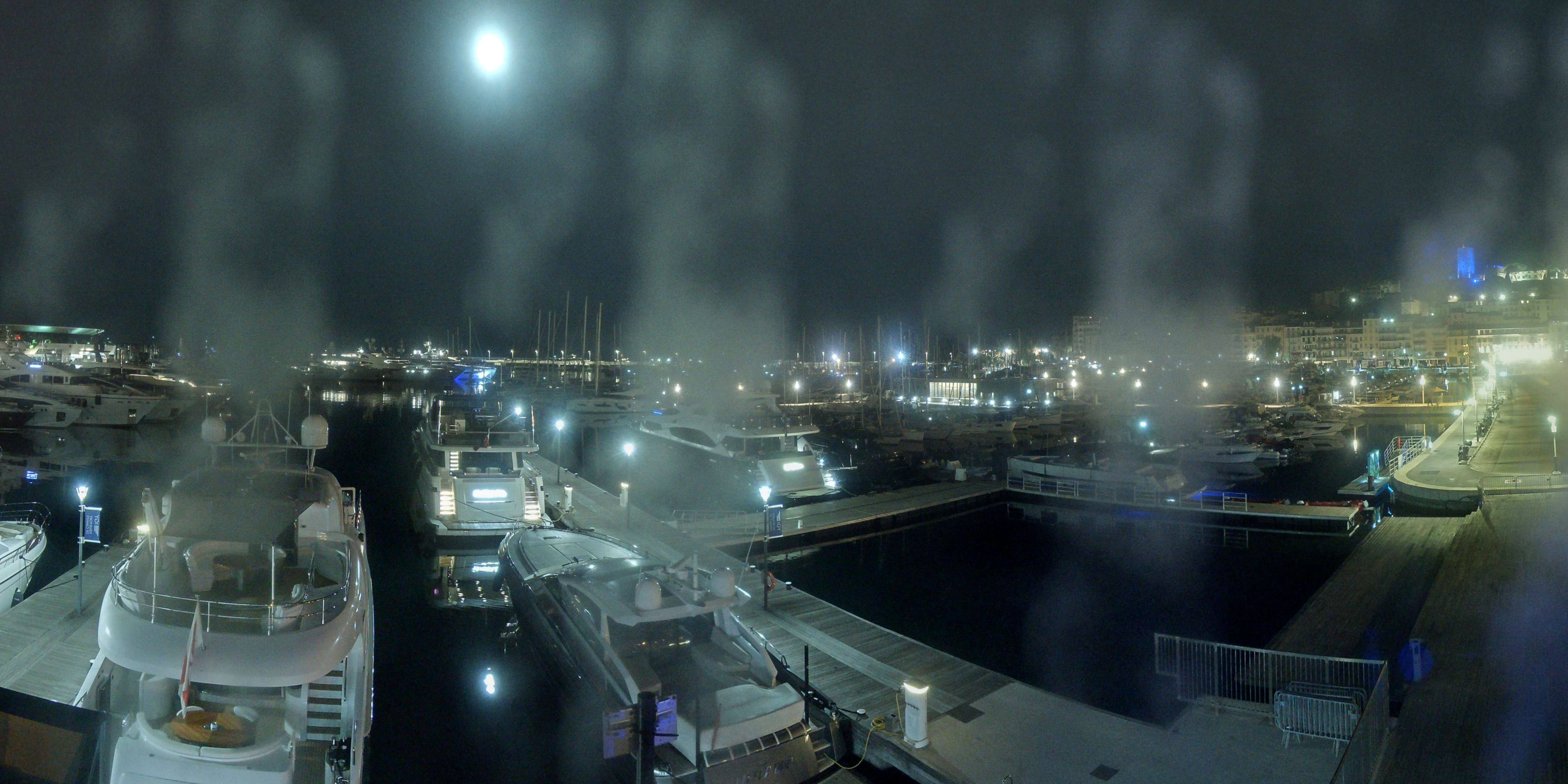 Cannes Thu. 04:35