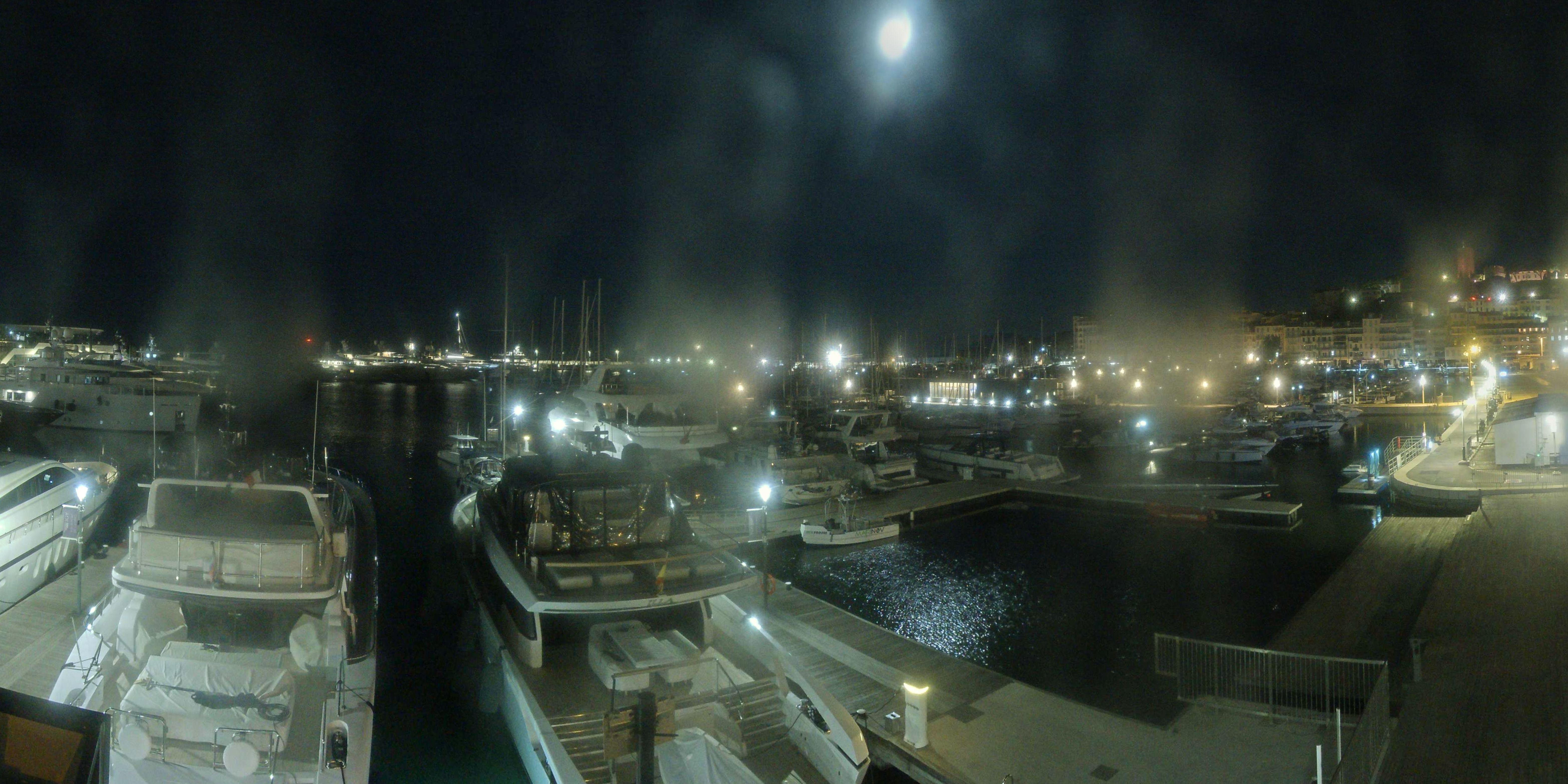 Cannes Thu. 06:35