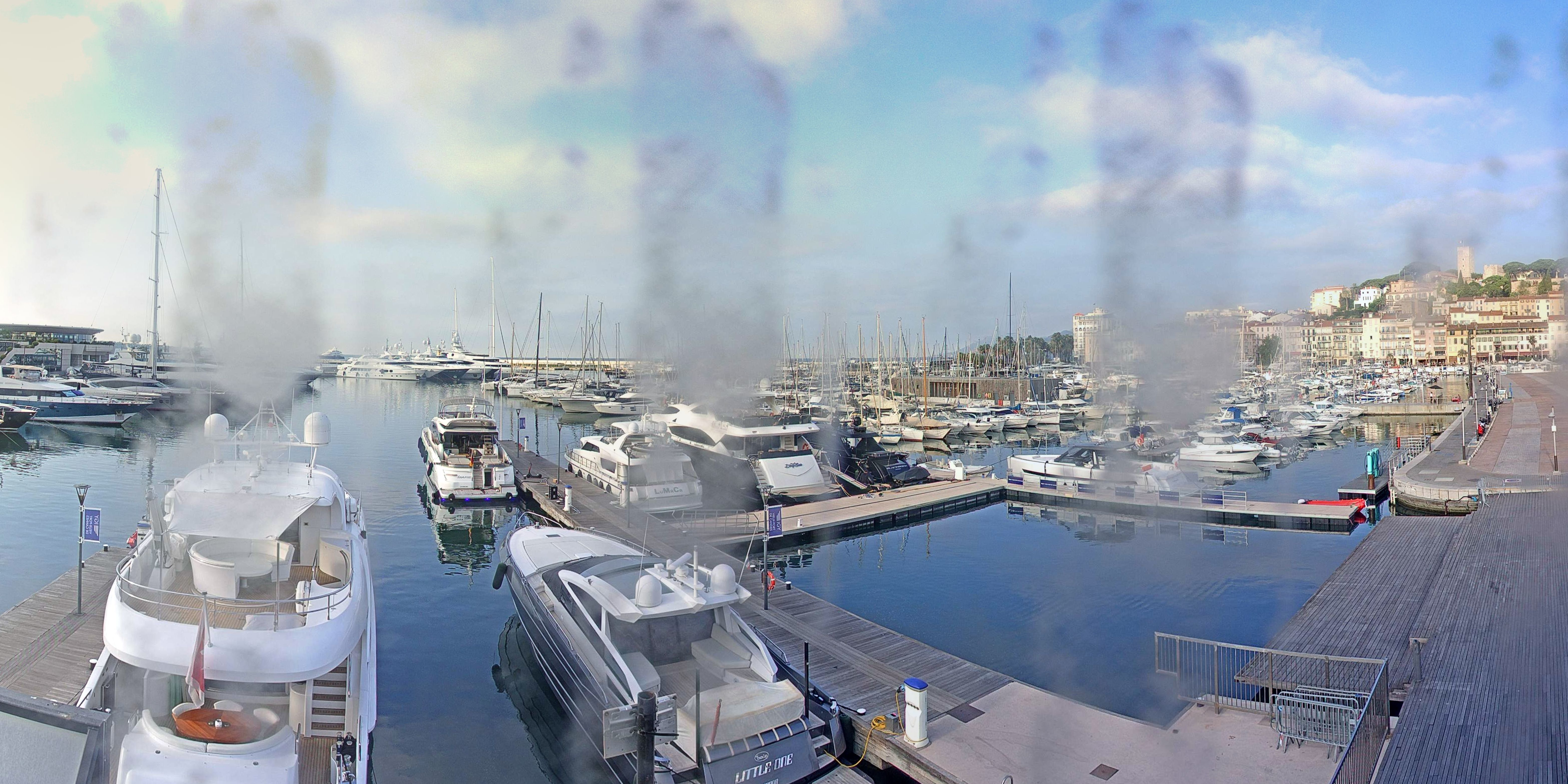 Cannes Thu. 09:35