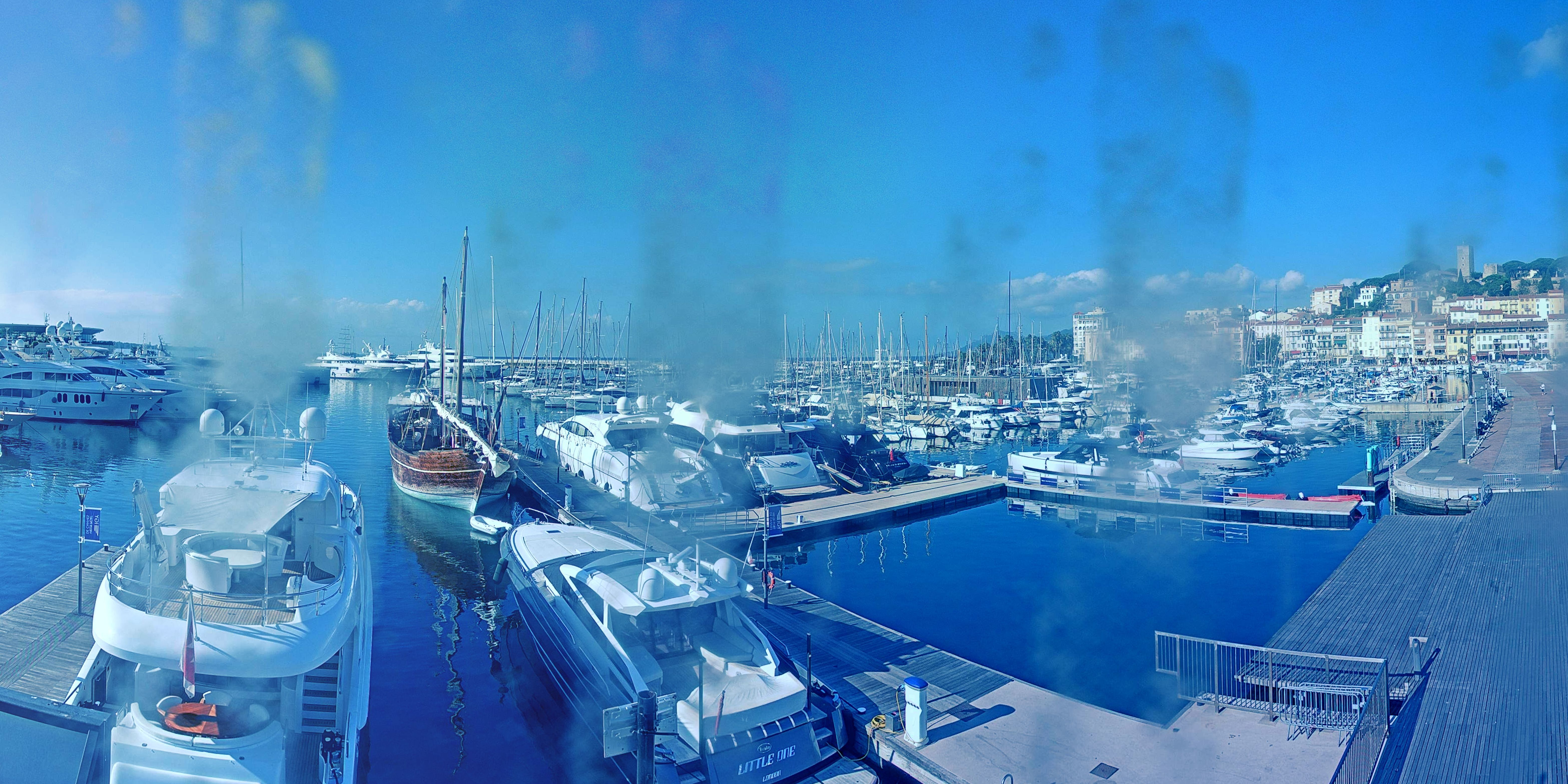 Cannes Tue. 10:37
