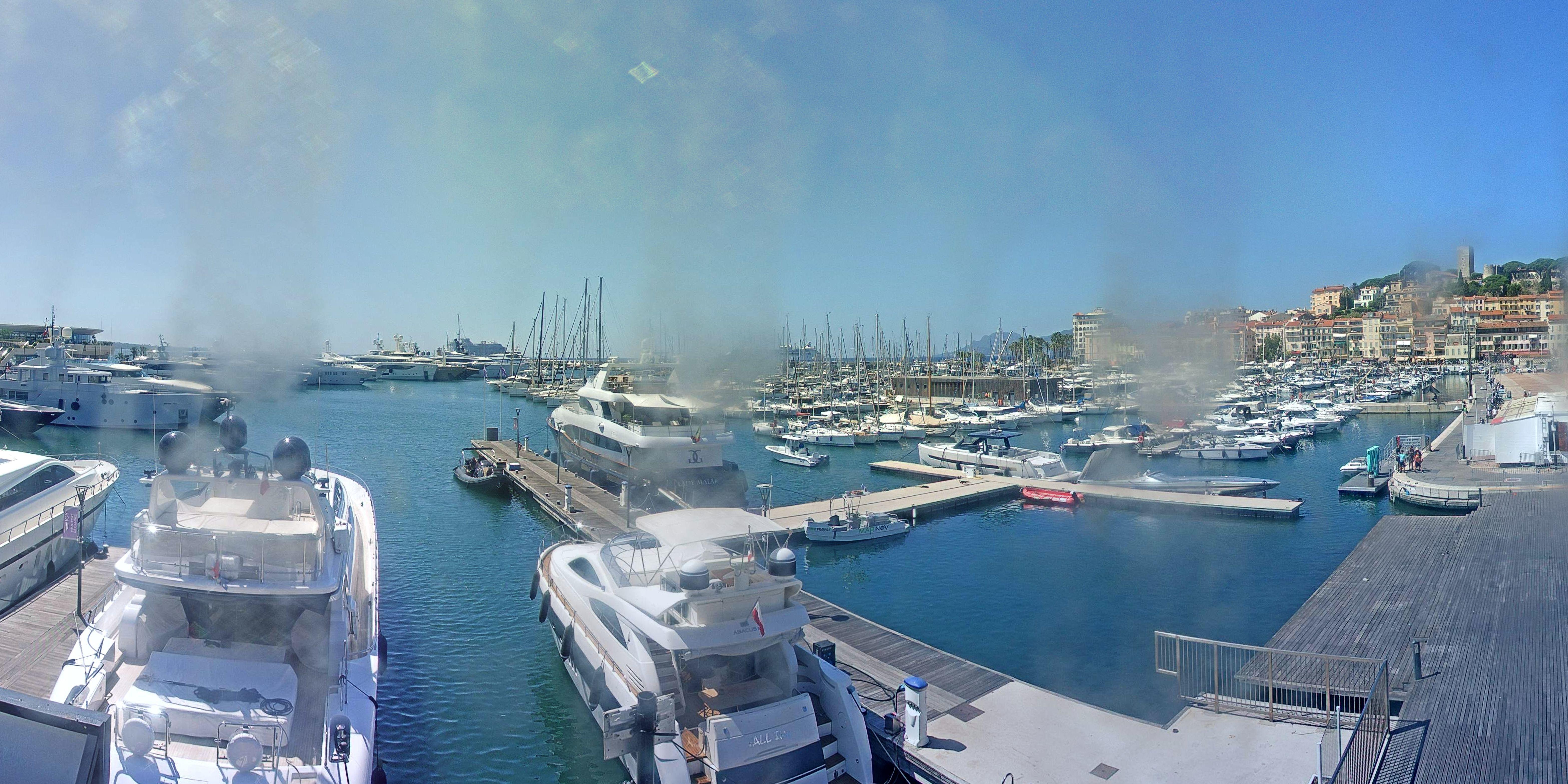 Cannes Thu. 13:35
