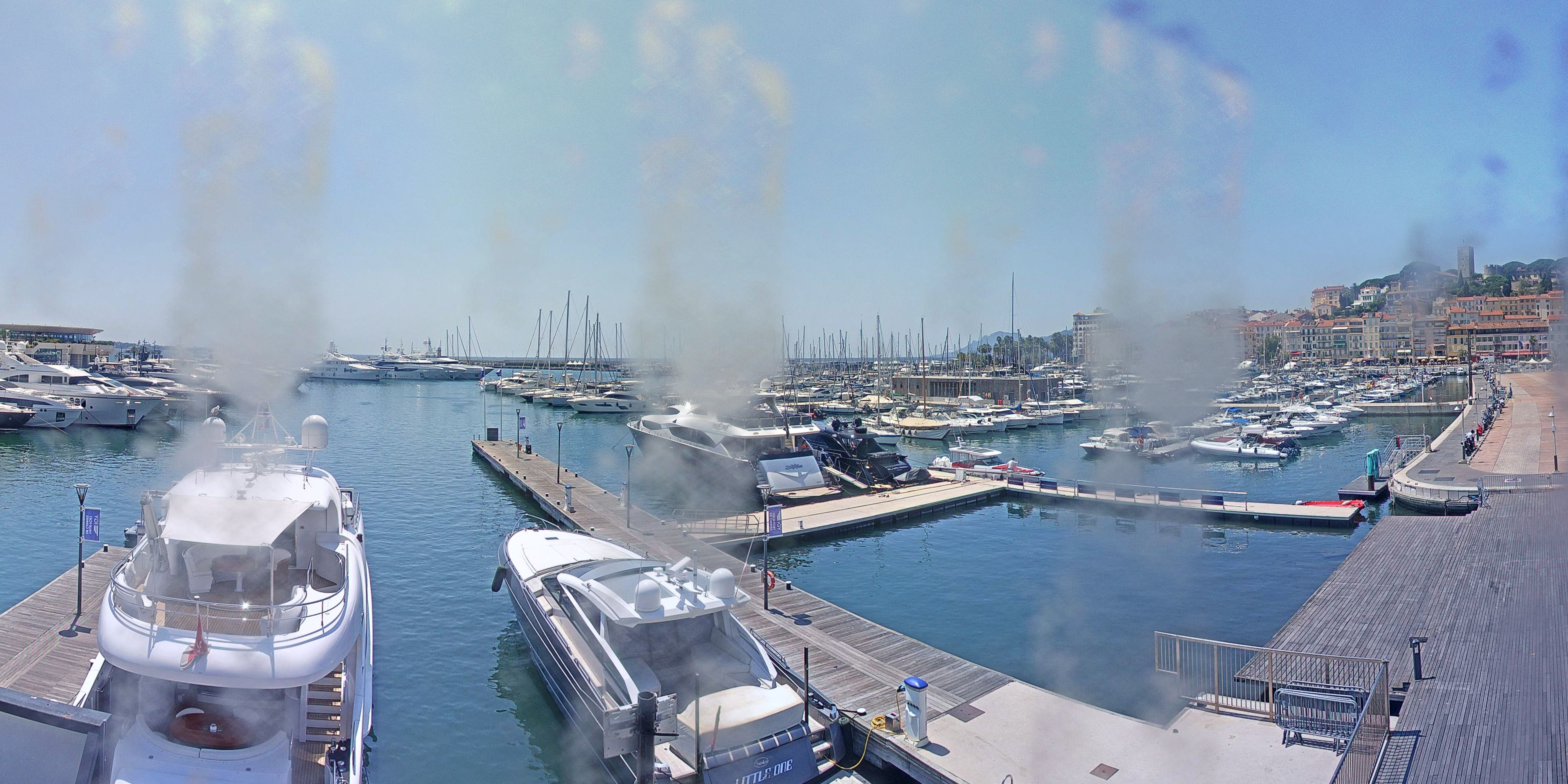 Cannes Thu. 14:35