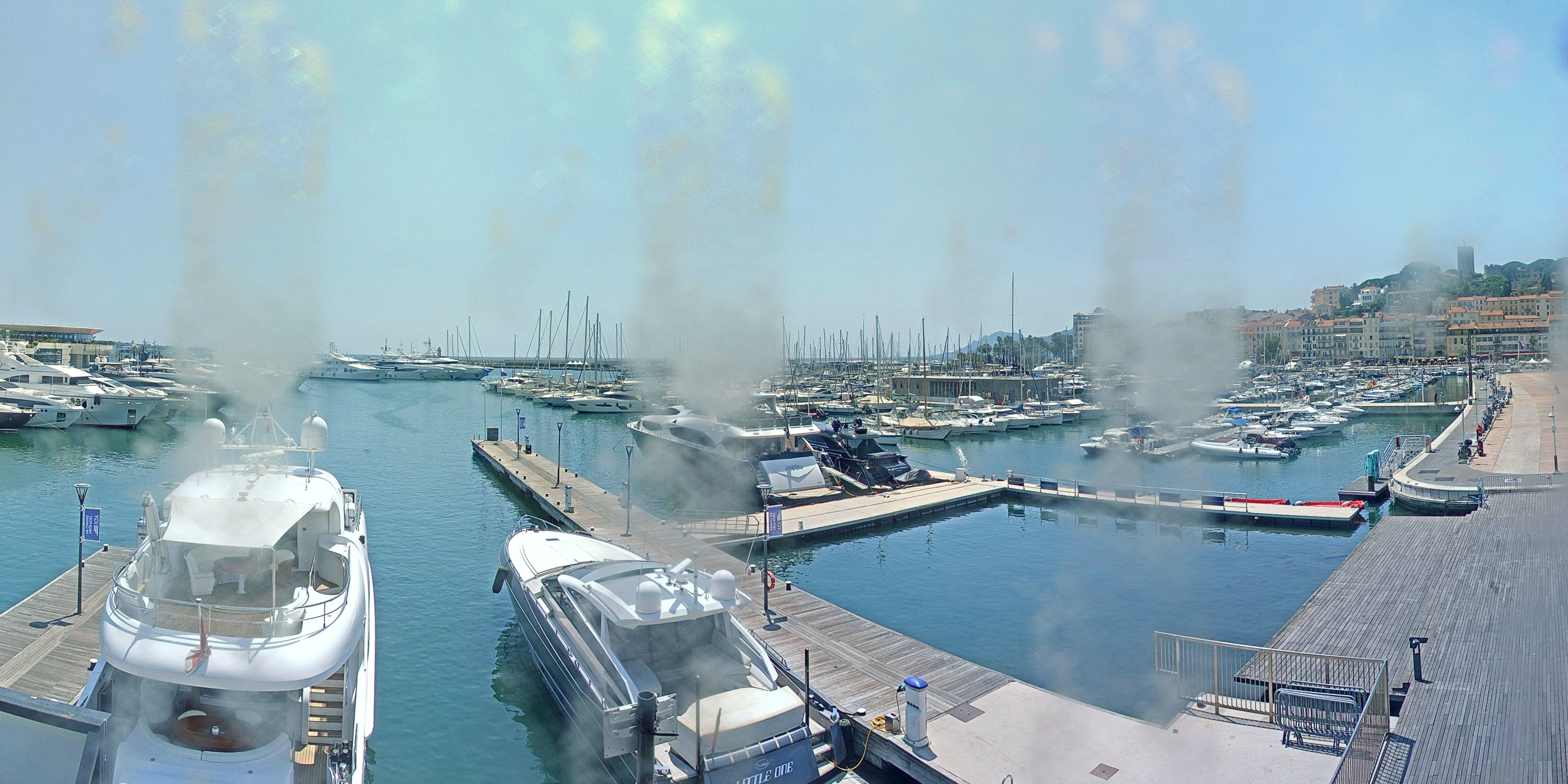 Cannes Thu. 15:35