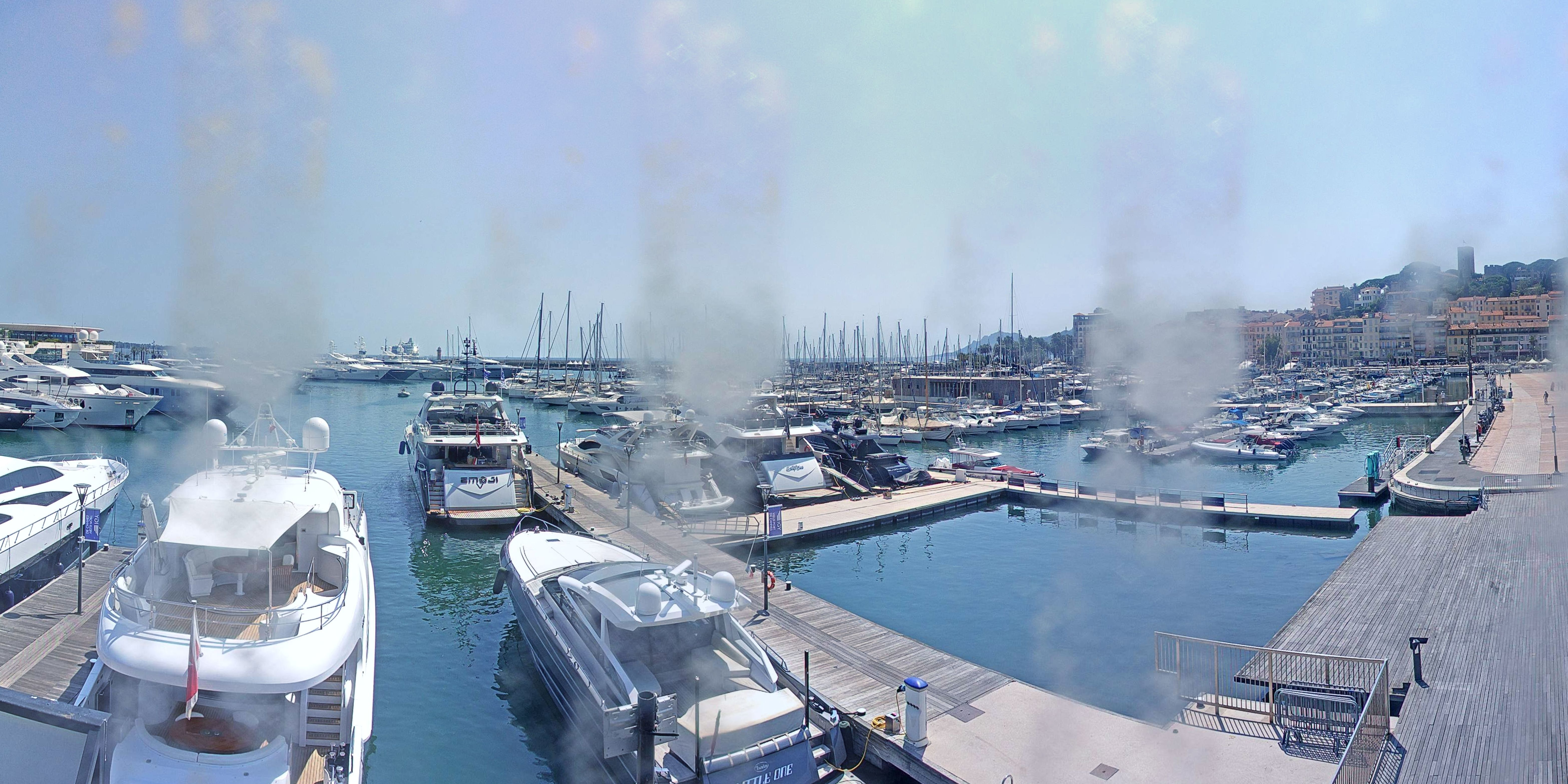 Cannes Thu. 16:35