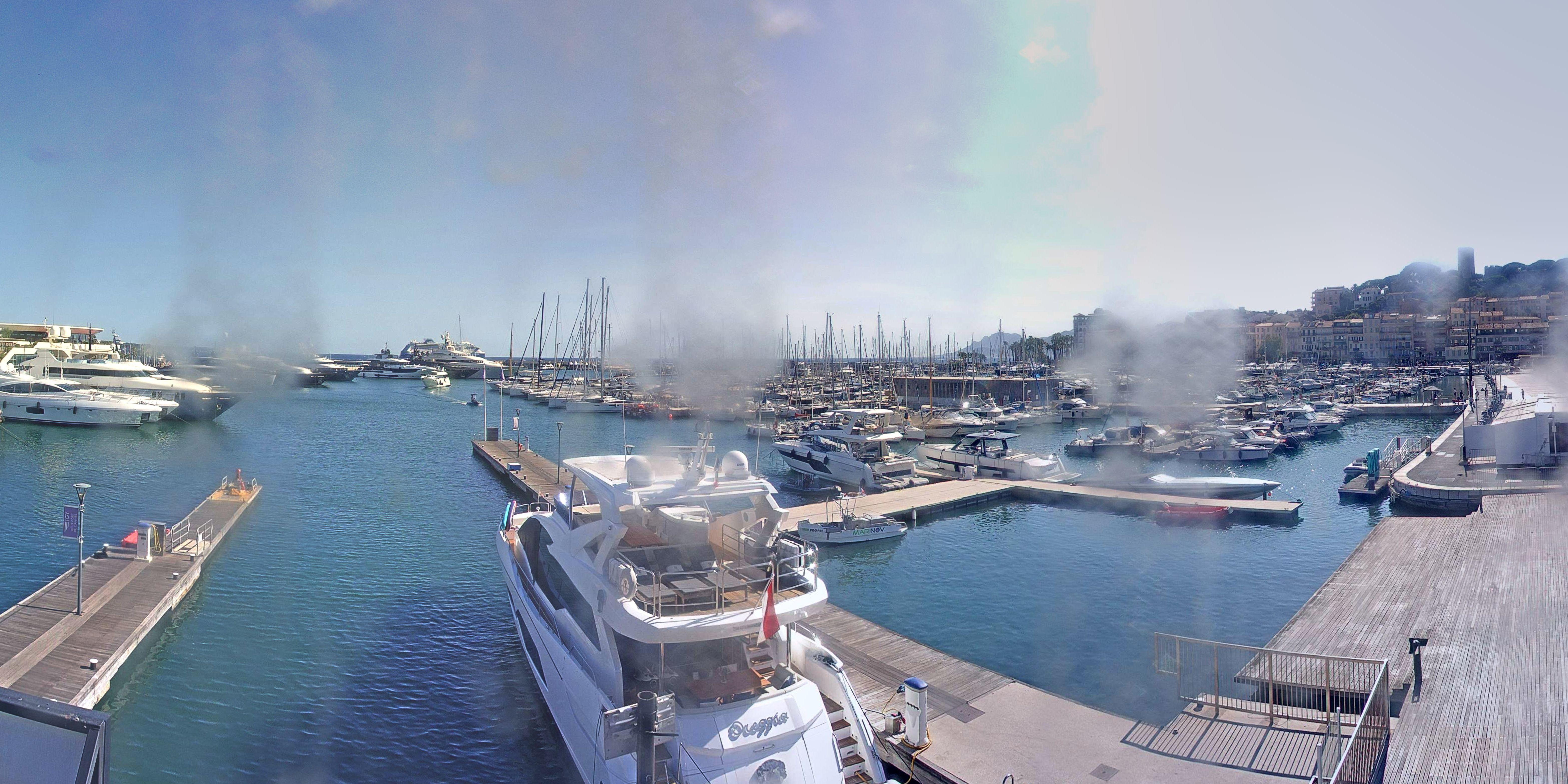 Cannes Di. 18:36