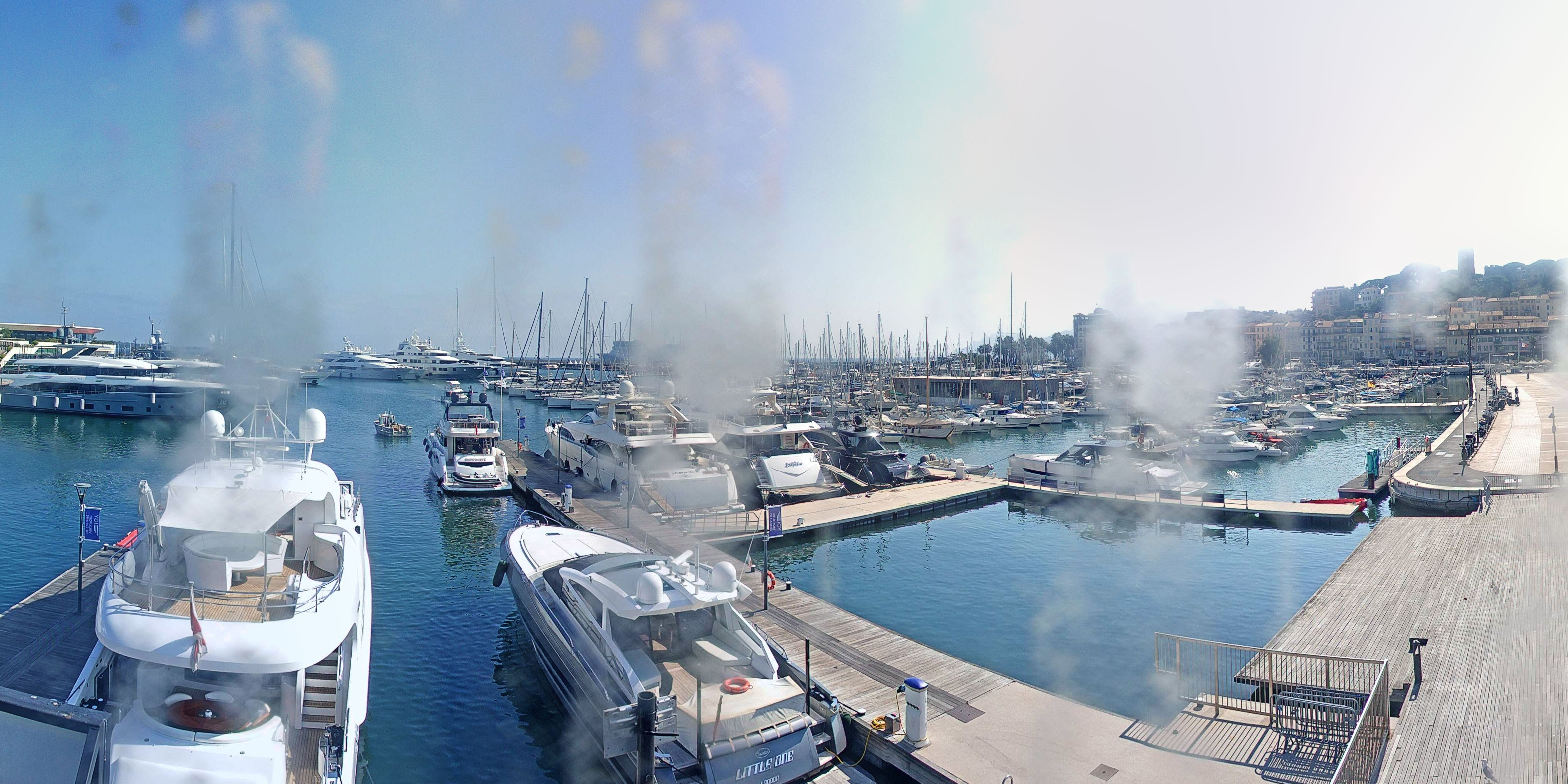 Cannes Thu. 18:35