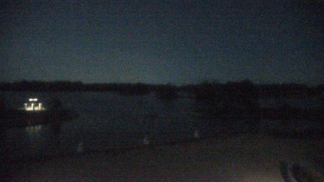 Crystal Lake, Illinois Mon. 00:10