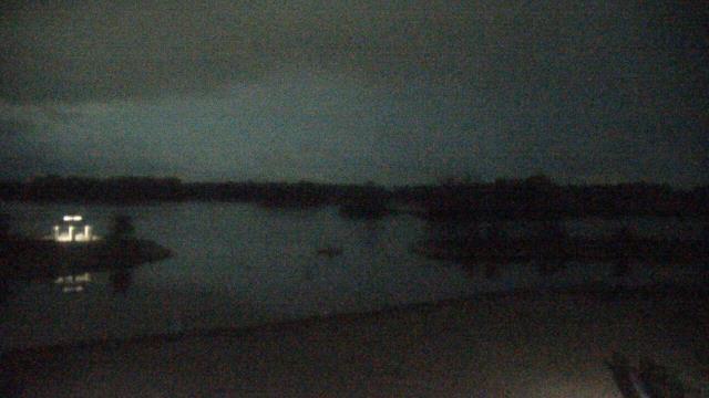 Crystal Lake, Illinois Mon. 03:10