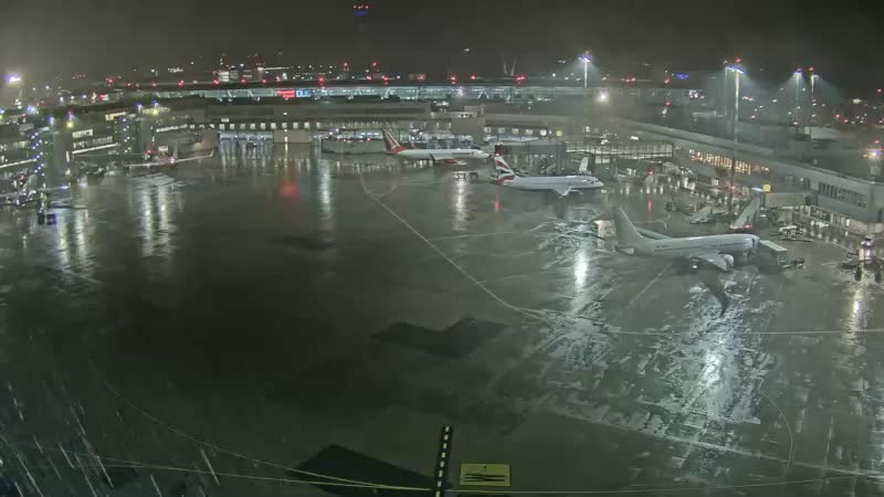 airport düsseldorf webcam