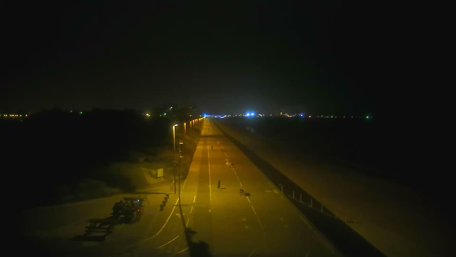 Dunkirk Mon. 00:26