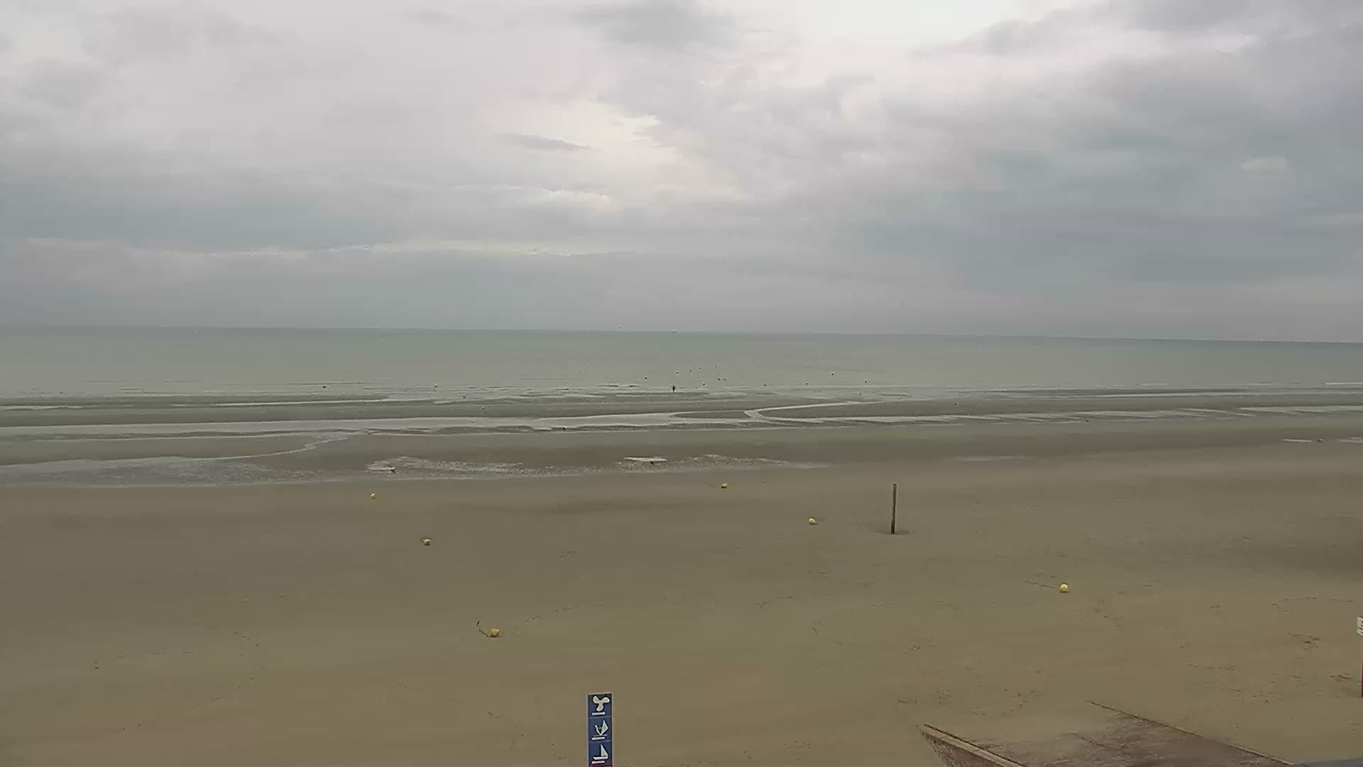 Dunkirk Sun. 09:26