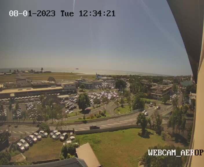 Fa'a'a (Tahiti) Mon. 12:36
