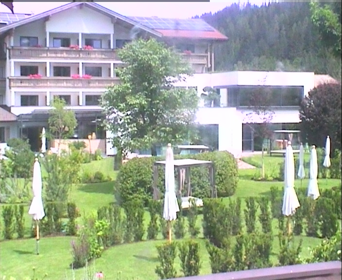 Live webcam flachau salzburg design wellness hotel for Design wellness hotel