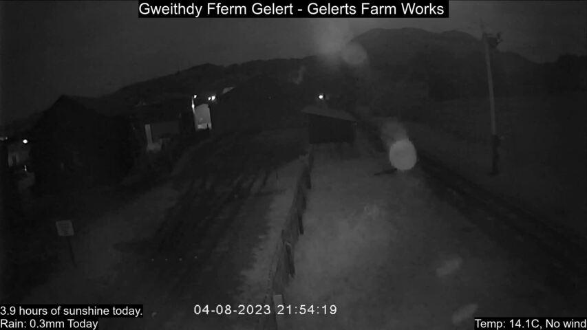 Gelert's Farm halt Fri. 21:55