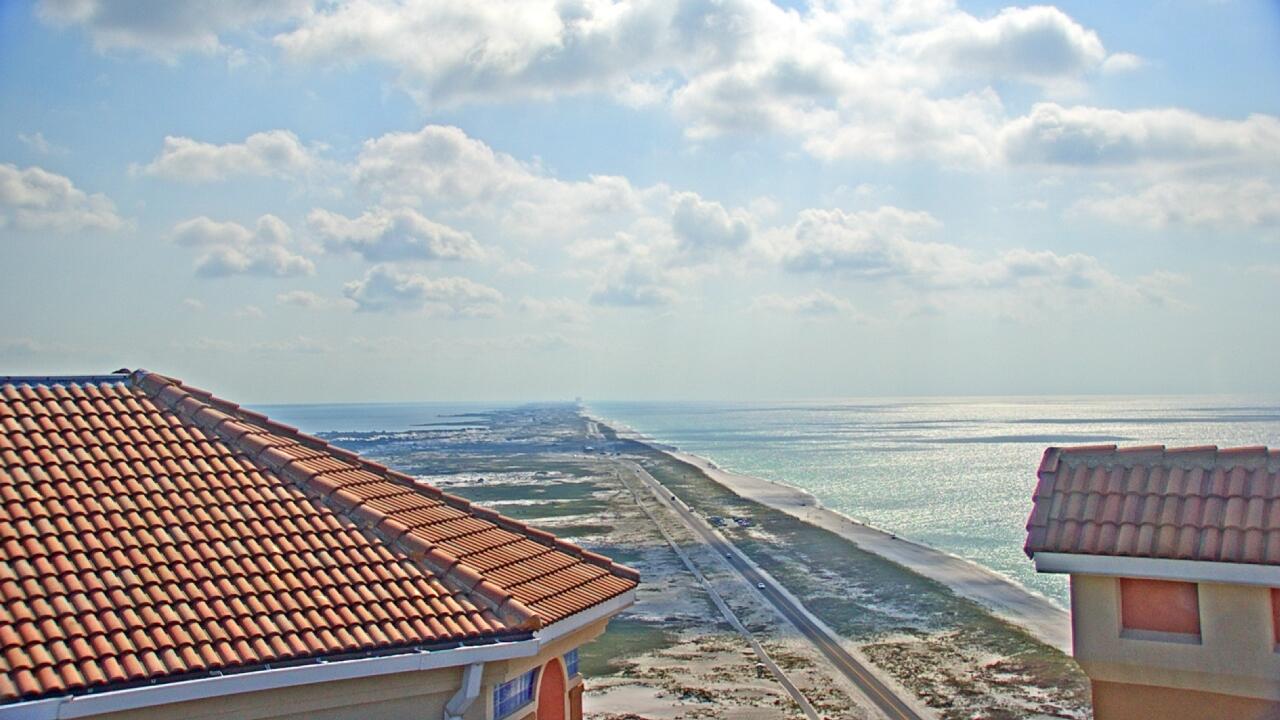 Gulf Breeze, Florida Mon. 09:28