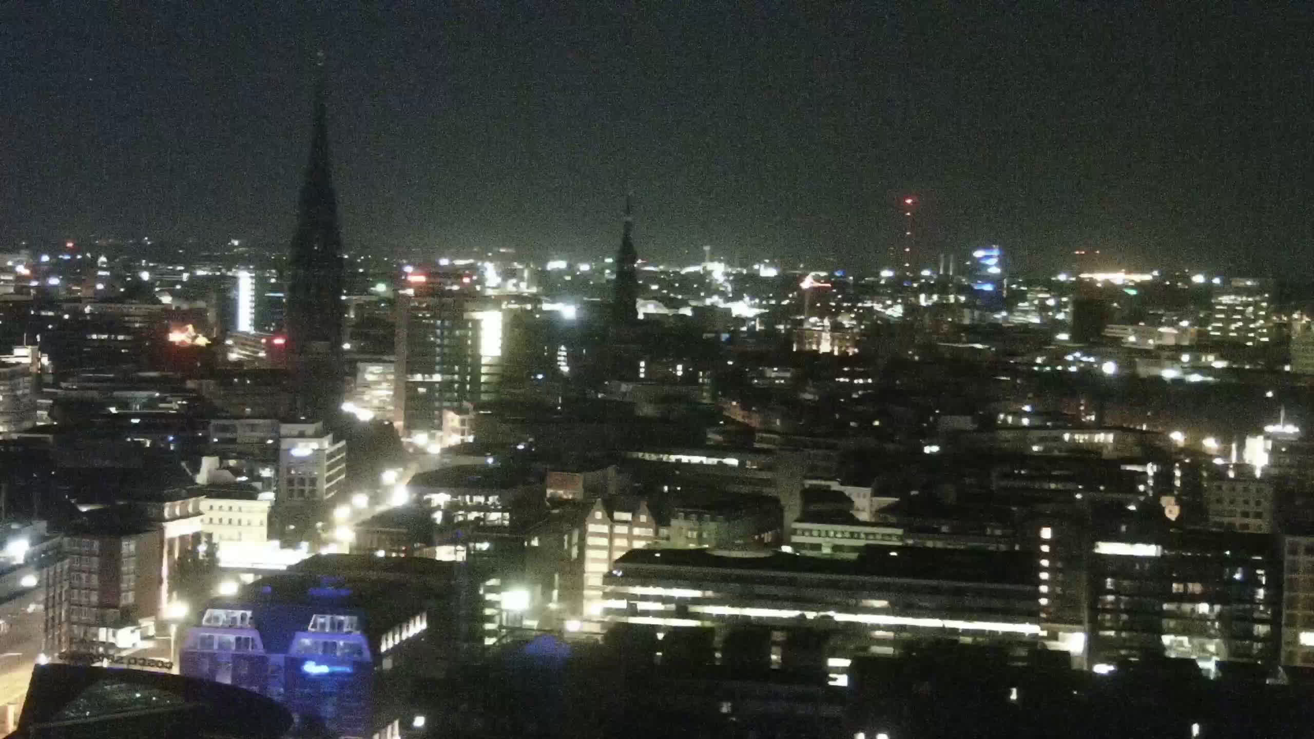 Hamburg Tue. 00:15