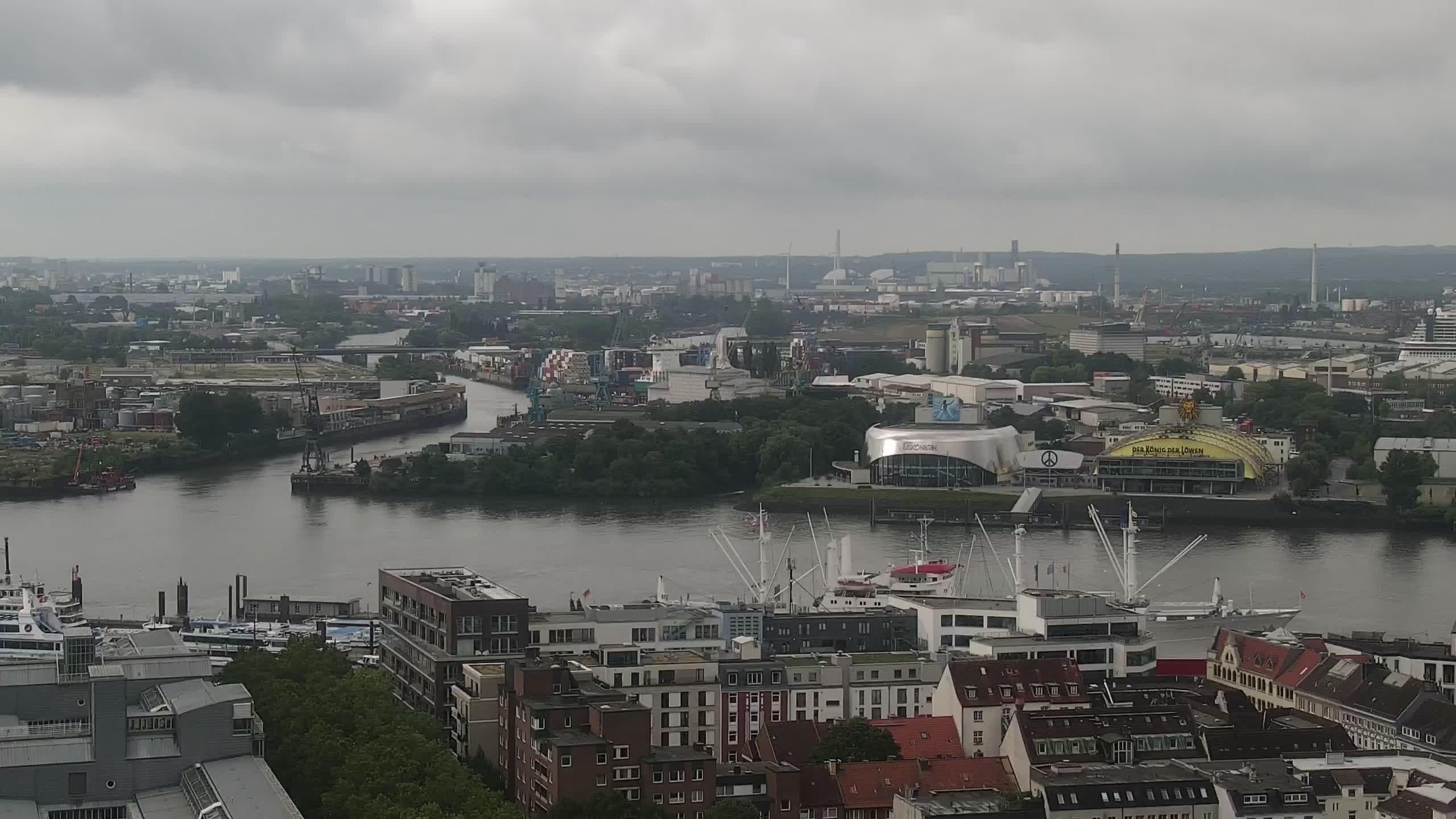 Hamburg Mon. 09:15