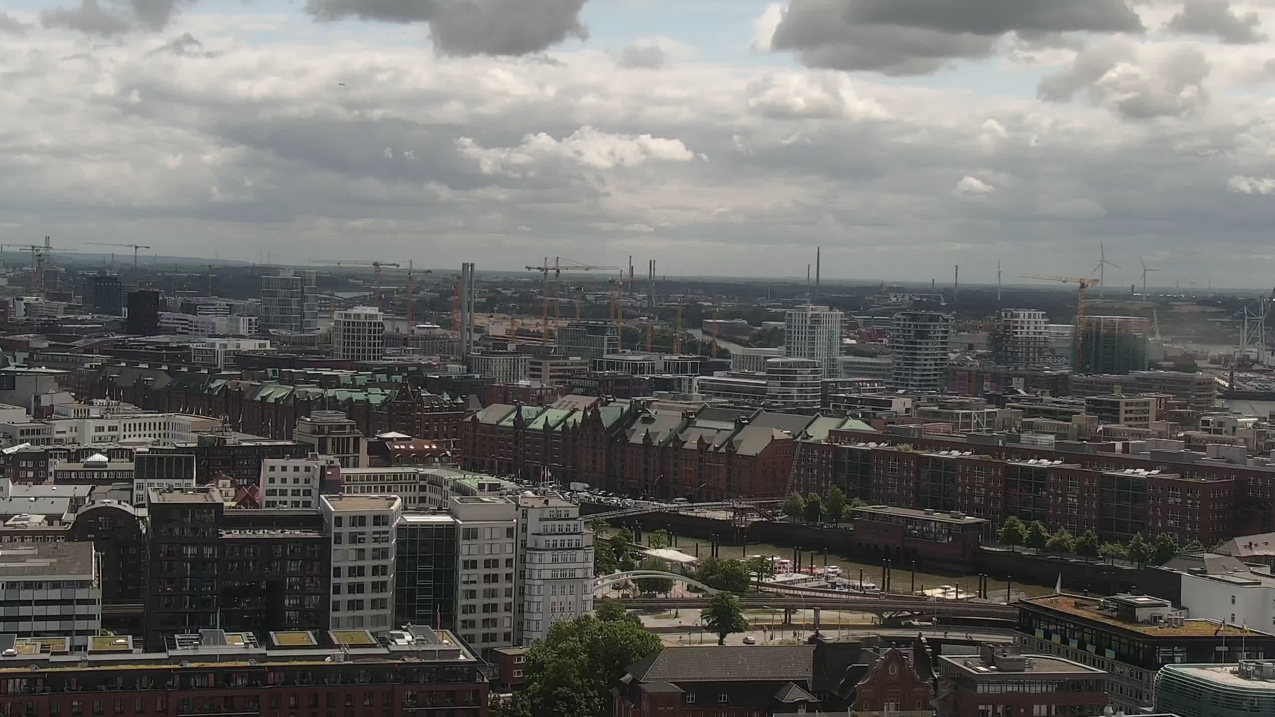Hamburg Mon. 12:15