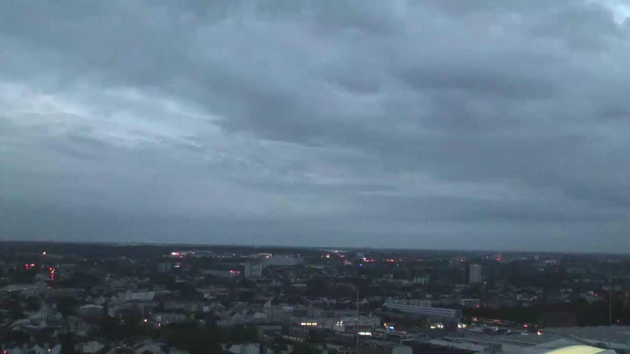 Hamburg Thu. 05:16