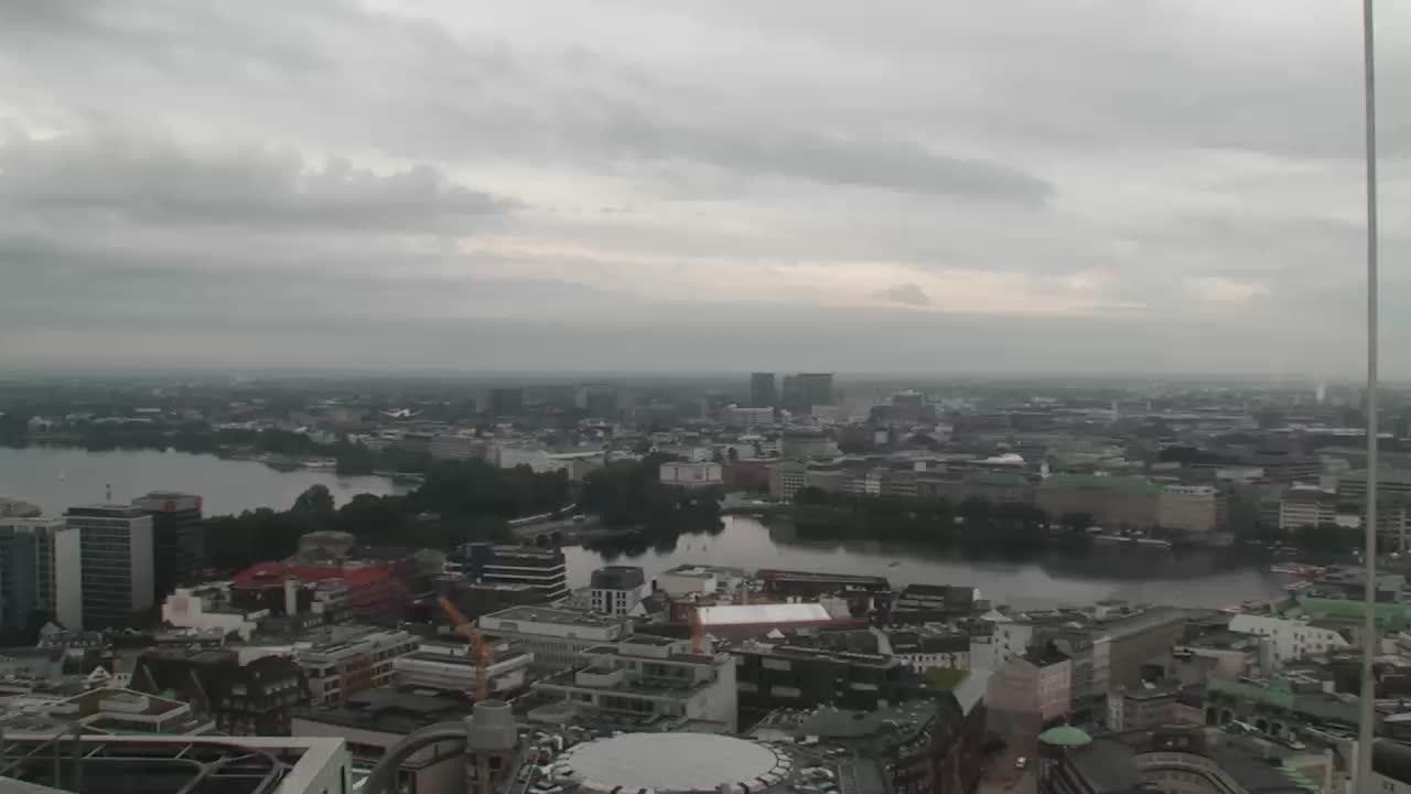 Hamburg Thu. 08:16