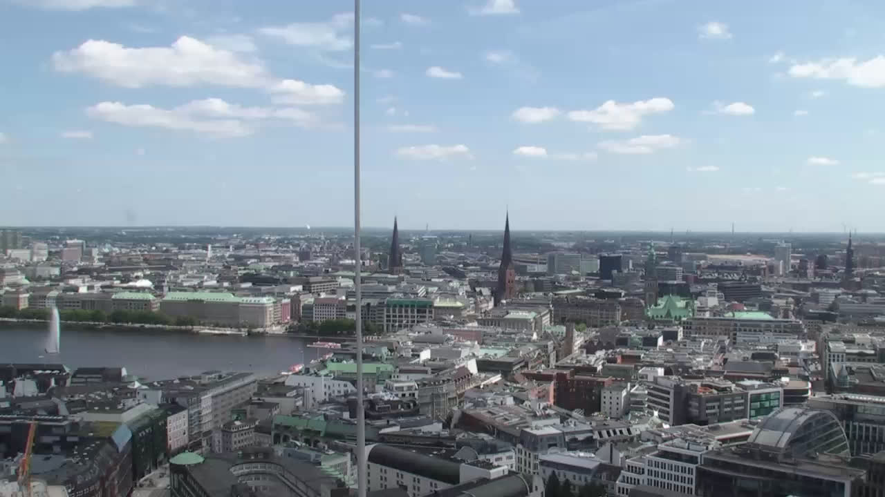 Hamburg Thu. 14:16