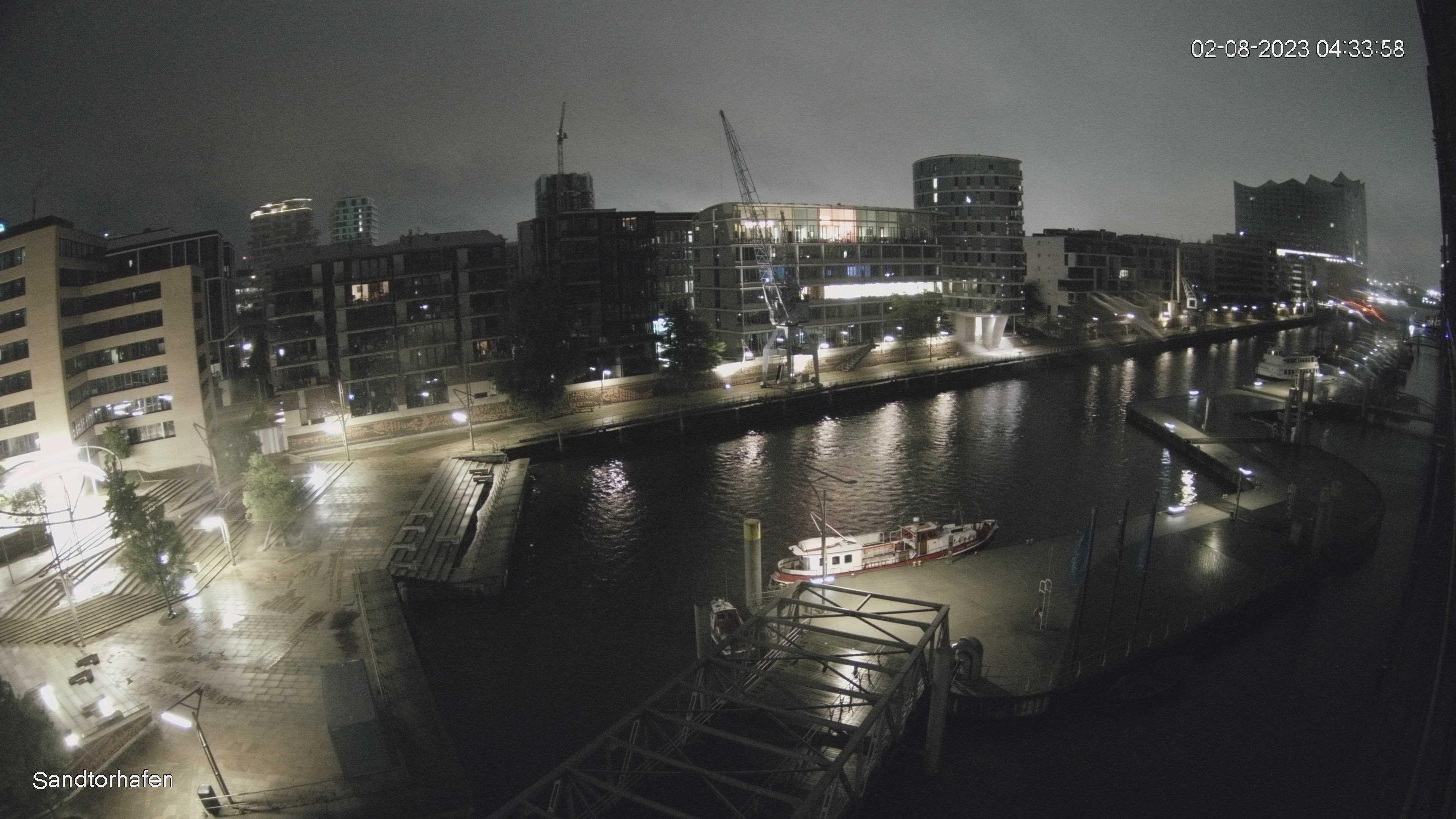 Hamburg Wed. 04:35