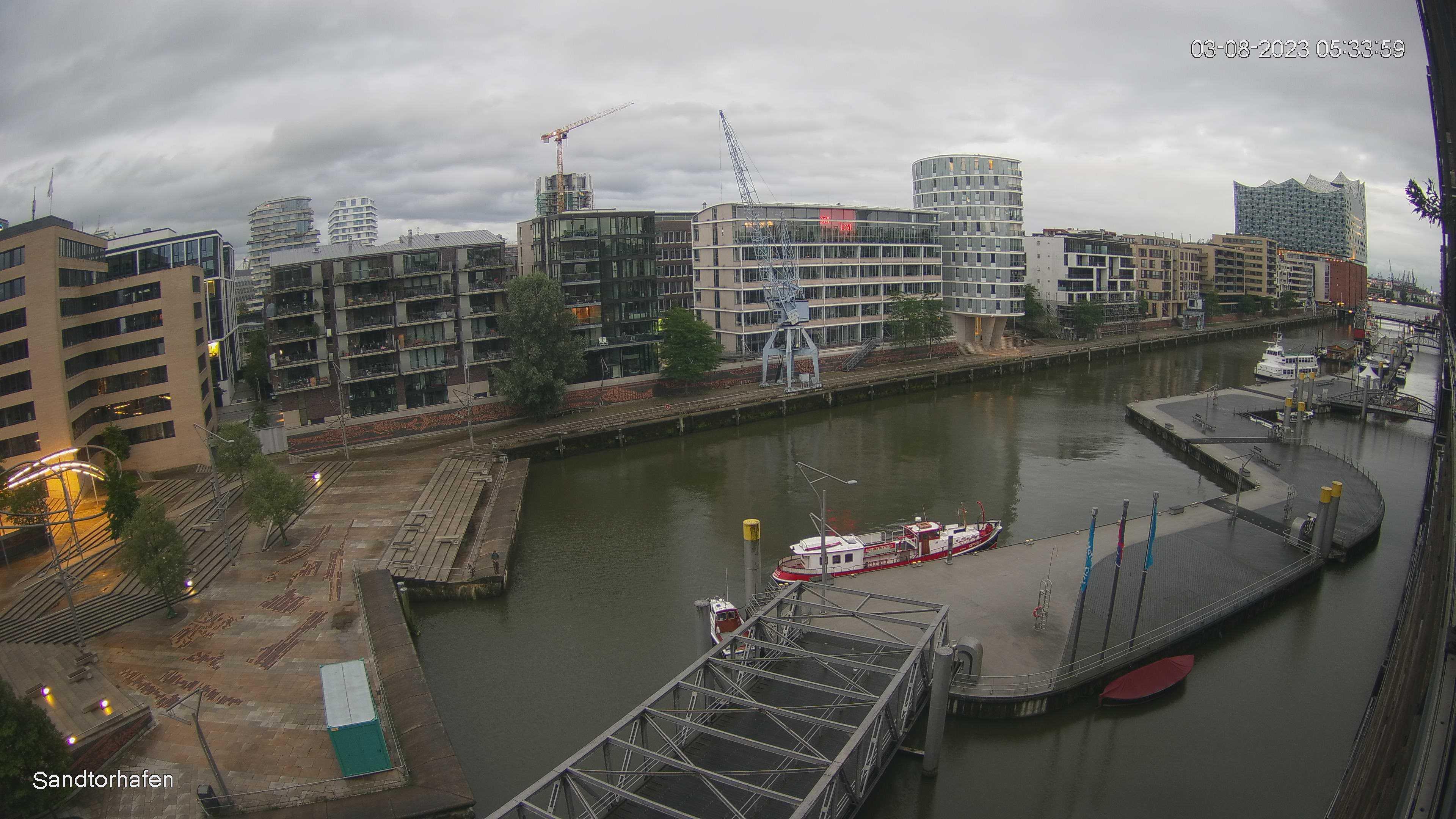 Hamburg Wed. 05:35