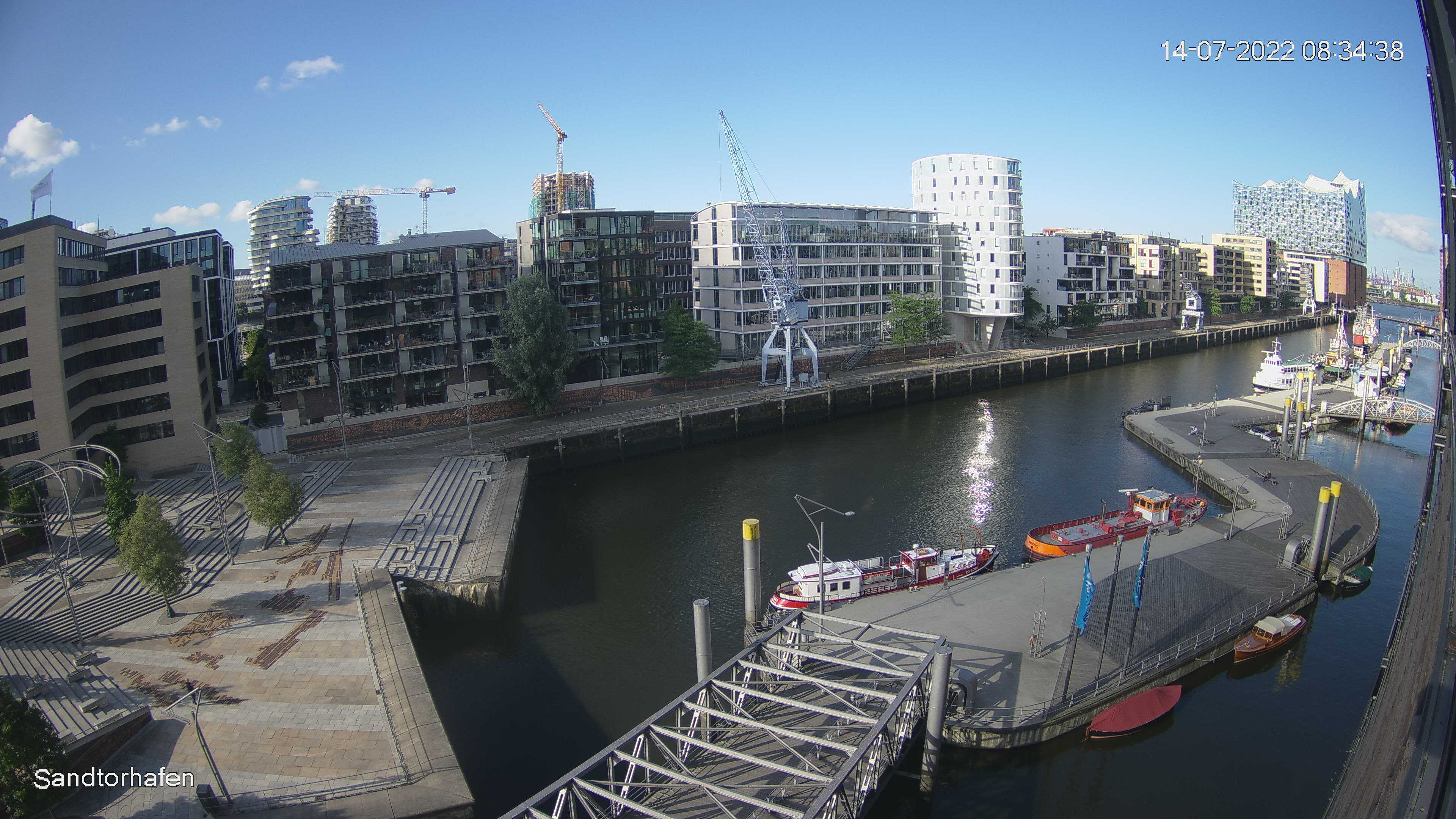 Hamburg Wed. 08:35