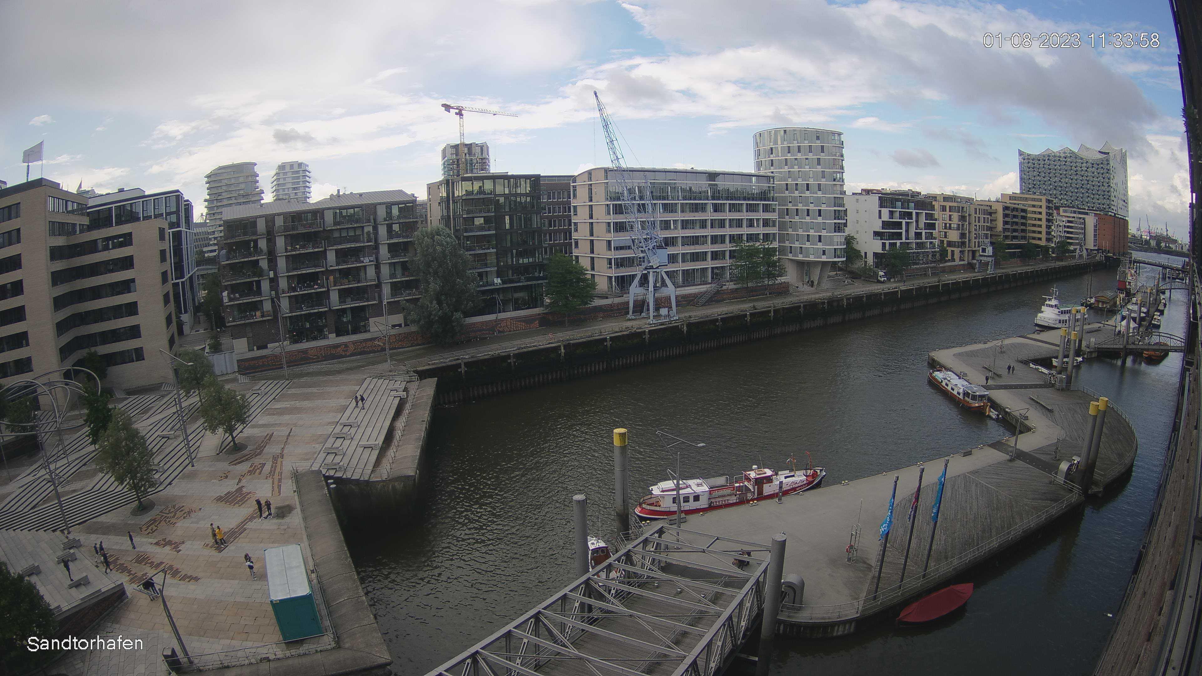 Hamburg Wed. 11:35