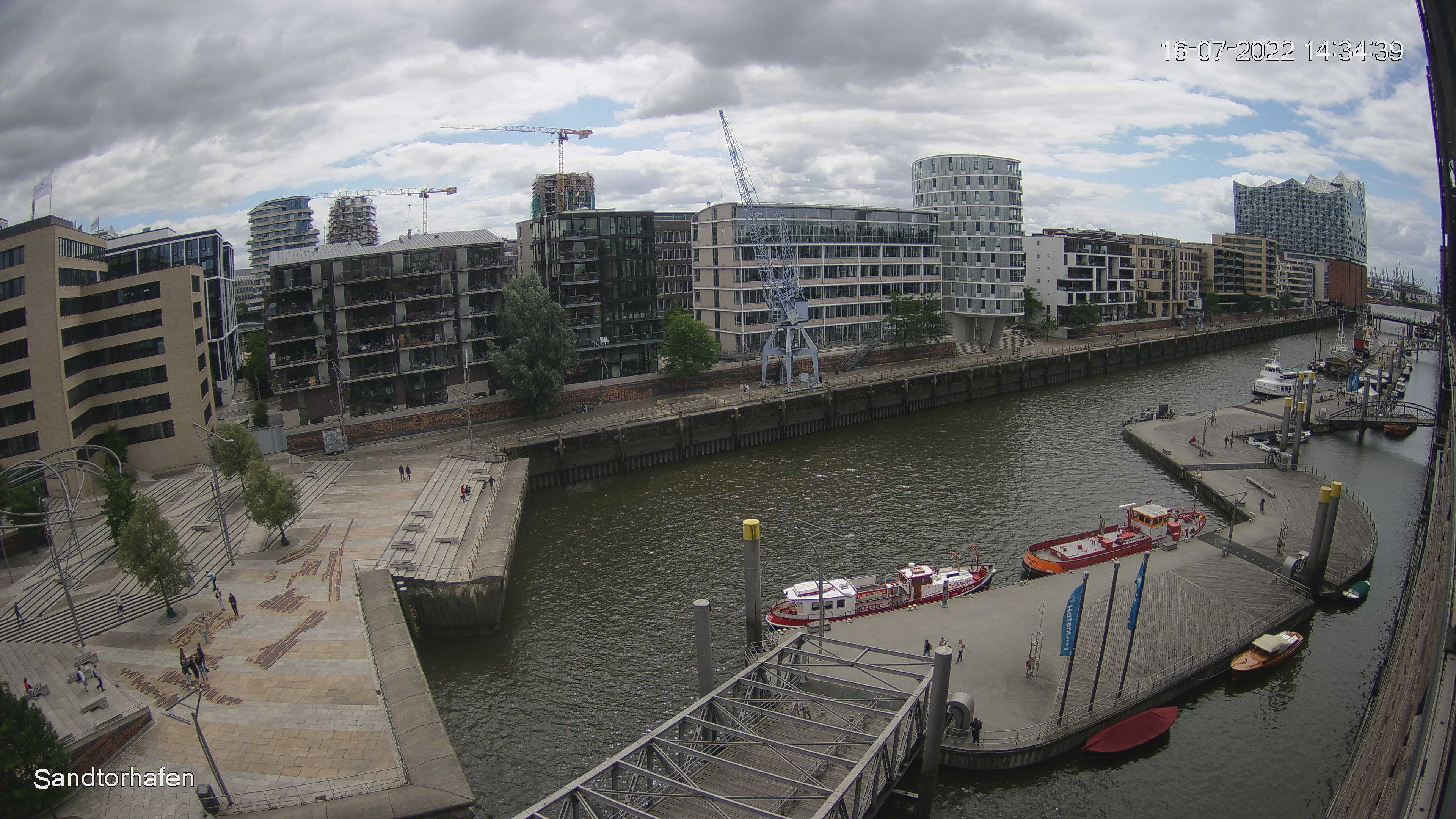 Hamburg Wed. 14:36