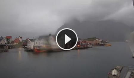 Henningsvær Mi. 02:57