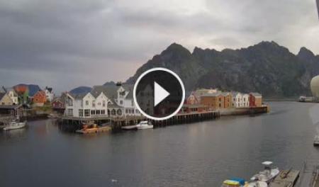 Henningsvær Mi. 04:57