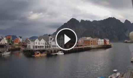 Henningsvær Mi. 05:57